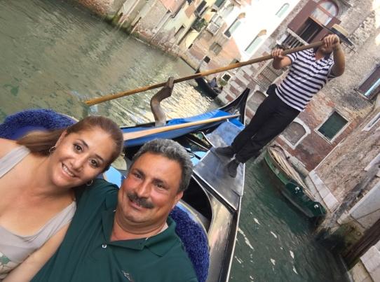 Italy Gondola w Linda